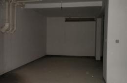 阳光国际新城地下室车库水管漏水