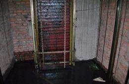 海淀区东方盛宾馆电梯井漏水