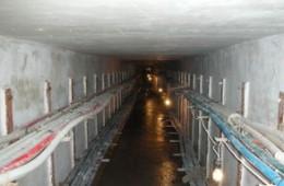 营房路有一处电缆井漏水,找专业堵漏水公司上门排查。