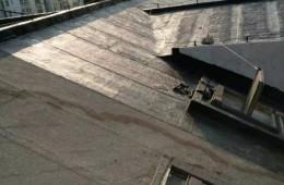 屋顶找人坐防水