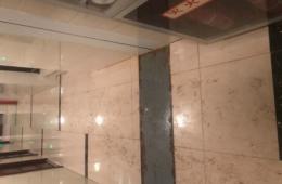 武侯区爱尔眼科医院 门诊楼走廊天花板漏水