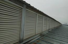 厂房房顶百叶窗下大雨漏水,有没有师傅有好的解决方法?
