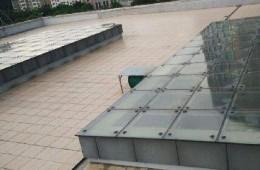 广州健肤胎记研究院 采光井和墙根漏水
