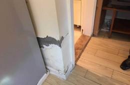 越秀新河浦小区 洗手间墙面渗水