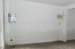 蜀山区天合大院 二手房墙壁一圈都在渗水