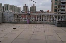 郑州科技学院南苑 音乐厅楼露台漏水