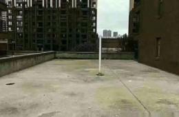 卧龙花园商铺沿街商铺房顶邀防水公司做防水改造!
