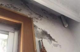 交通公司家属大院  厨房门头渗水严重时滴水下来