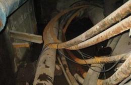 郑州日新机械公司高压机房电缆沟内漏水