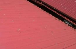 昆山市大江玻璃有限公司 我司车间屋顶漏水