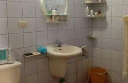 吴江区长板路蓝天租房 卫生间漏水到楼下