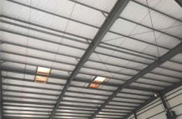 于洪区丁香湖汽车检测站 铁皮房顶漏雨