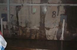 沙河口蓝天星海 地下车库墙壁漏水
