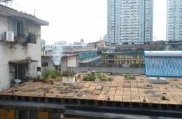 永宁望远开发区千户家园东侧房顶漏水维修