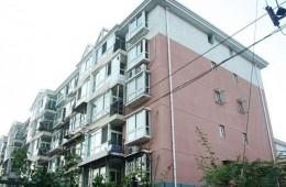 北京市某机关营区家属楼楼顶约721.37平方米做保温防水层