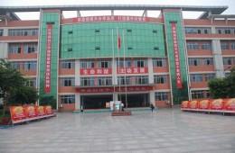 德阳外国语学校教学楼屋顶防水层,保温层翻新工程