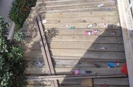 西安市临潼区日丰管五金电料门头采光瓦漏水修理