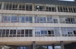 江夏区大学园路宏业楼楼顶防水,隔热板清理改造