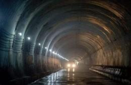 天津地铁1号线隧道洞体15处伸缩缝开裂,破损,渗漏维修工程