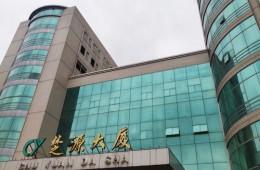 武汉八一路楚源大厦两栋加连廊屋顶防水层改造项目外包