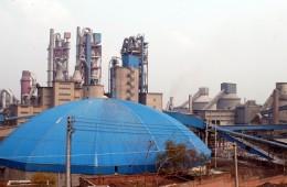 鹤壁同力水泥厂区内预热器框架及设备钢结构除锈防腐、保温、包铁皮