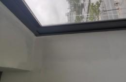 办公室窗户漏水